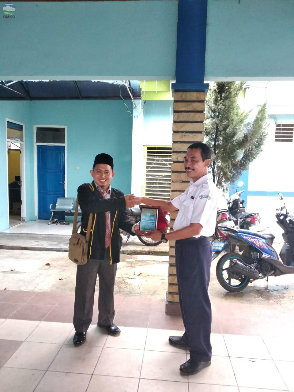 Kunjungan SMPIT Insan Robbani Kotabumi Ke Stamet Radin Inten II Lampung