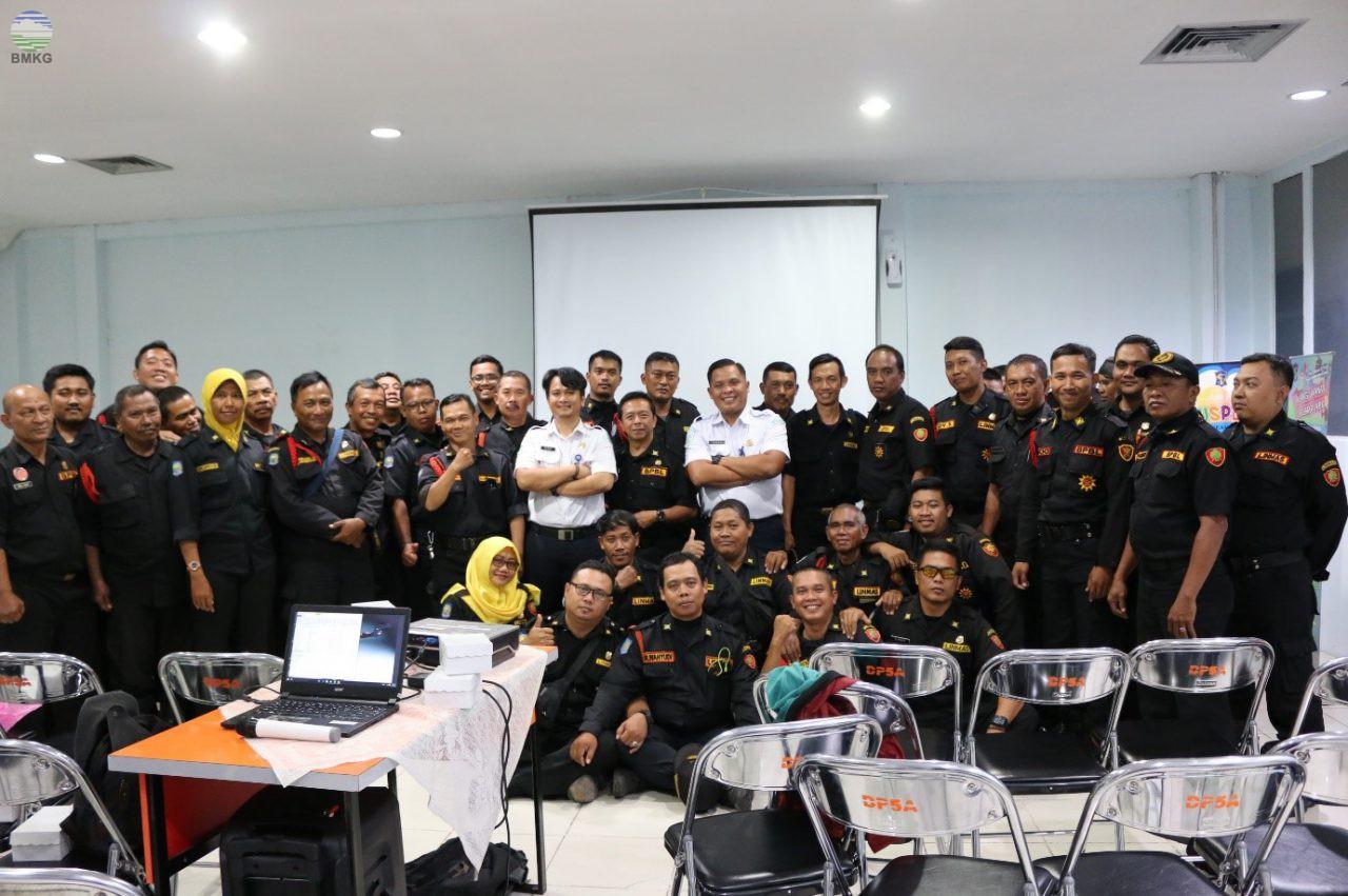 BMKG Juanda Surabaya Menjadi Narasumber Kegiatan Peningkatan Kapasitas Petugas Penanggulangan Bencana