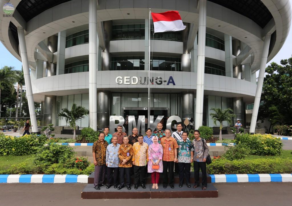 Kunjungan Kerja Kepala Badan Geologi ke BMKG