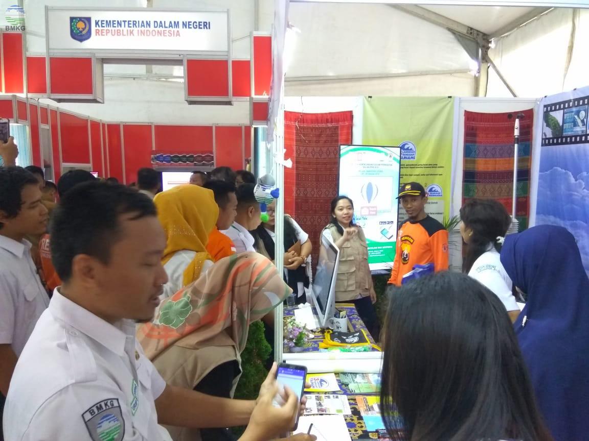 Booth BMKG Dibanjiri Pengunjung dalam Pameran PRB 2018