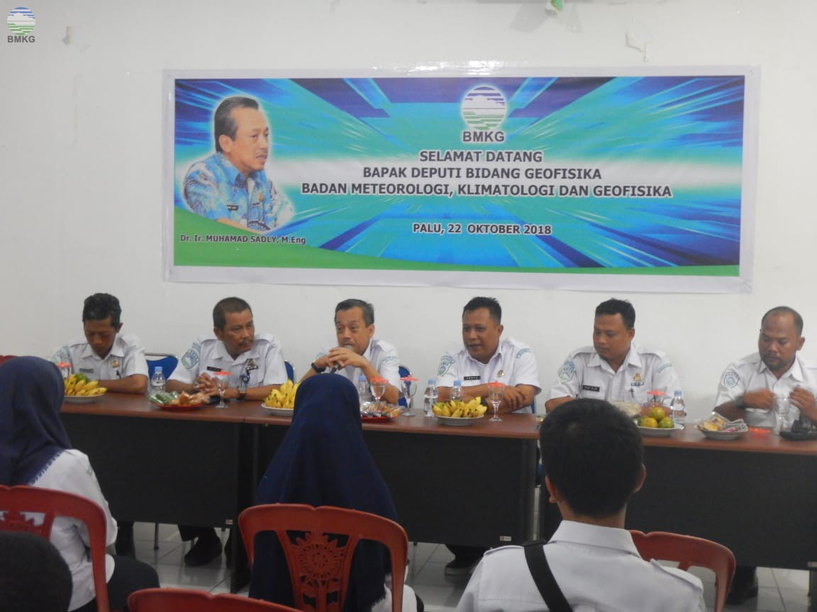 Kunjungan Deputi Bidang Geofisika ke Stasiun Geofisika Palu Pasca Bencana
